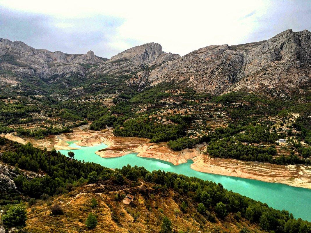 Водохранилище на реке Гвадалест - Сергей Карачин