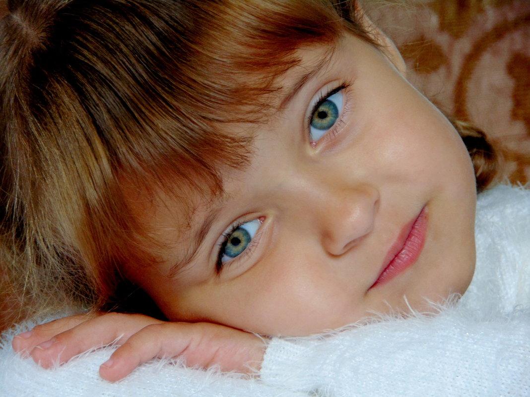 Выразительные глазки - Anna