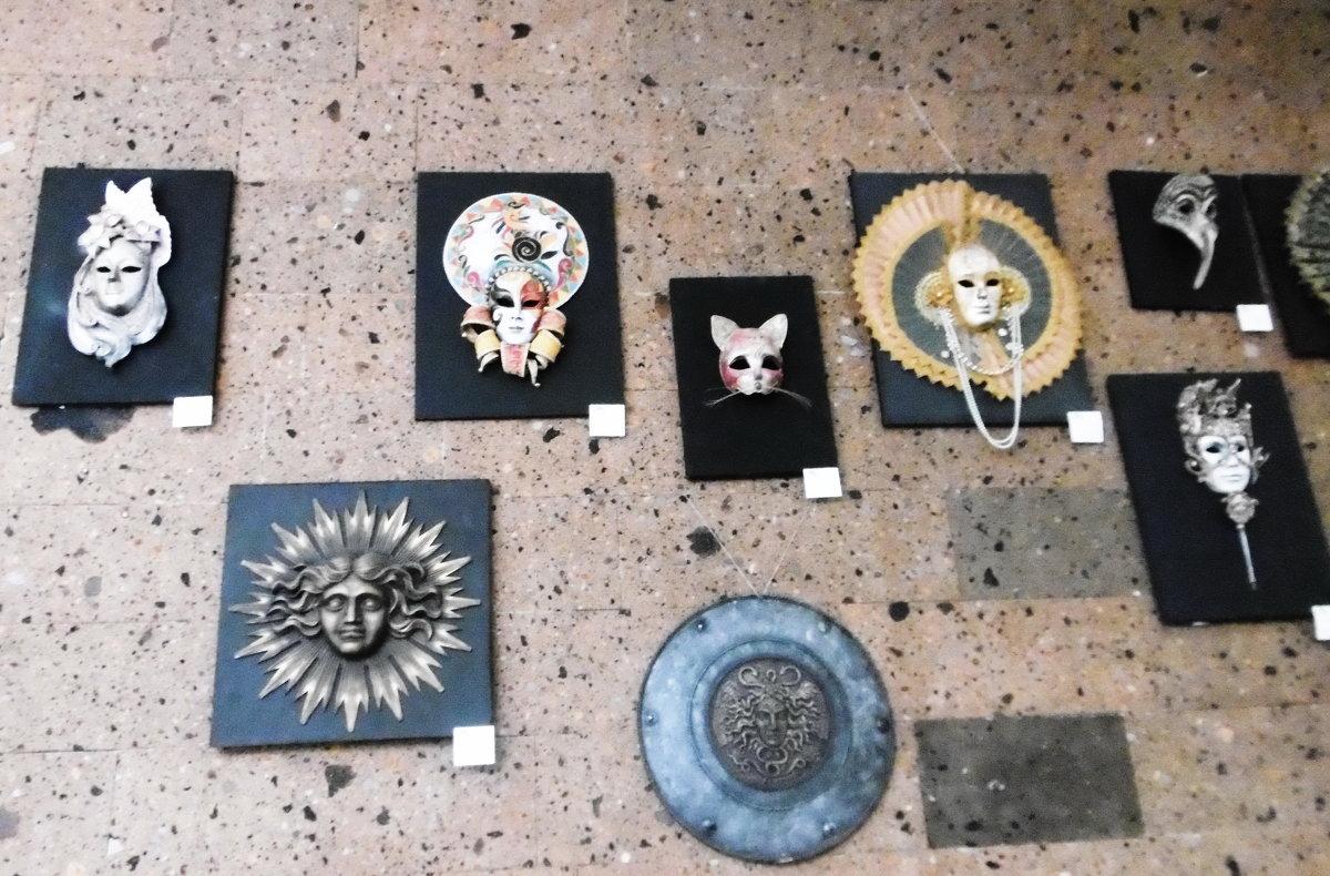 Выставка масок - татьяна