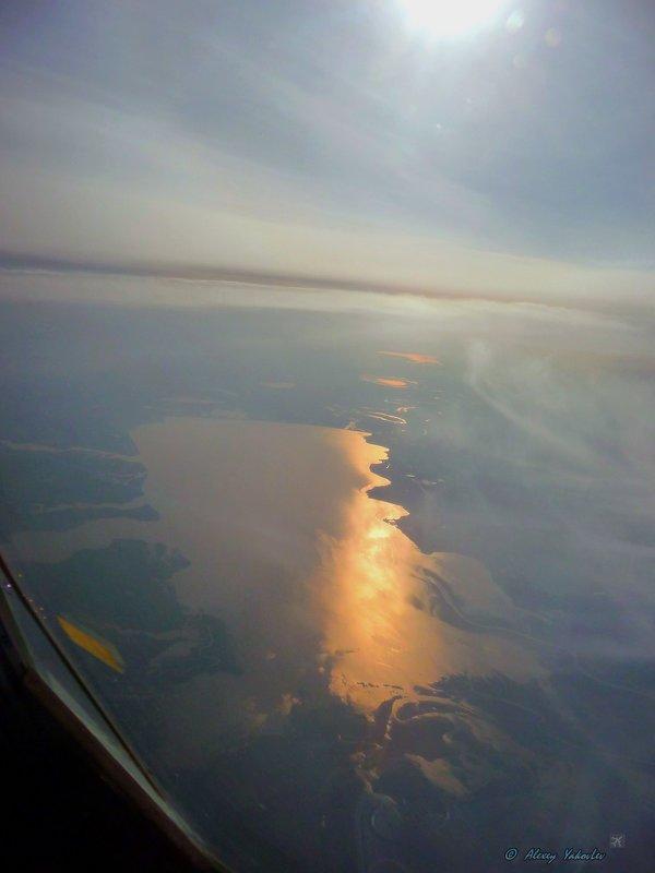 Кубанское море (водохранилище)- река Кубань. - Alexey YakovLev