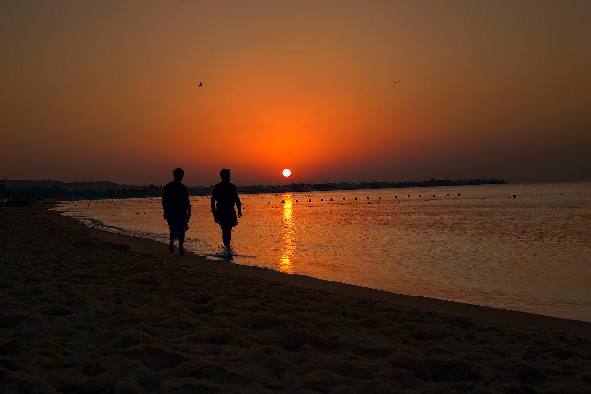 Раннее утро в Тунисе - Павел Голубев