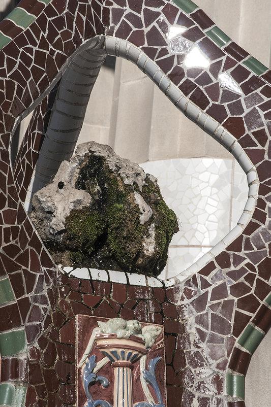 Барселона, Испания, парк Гуэль, фонтан - Наталья Щепетнова