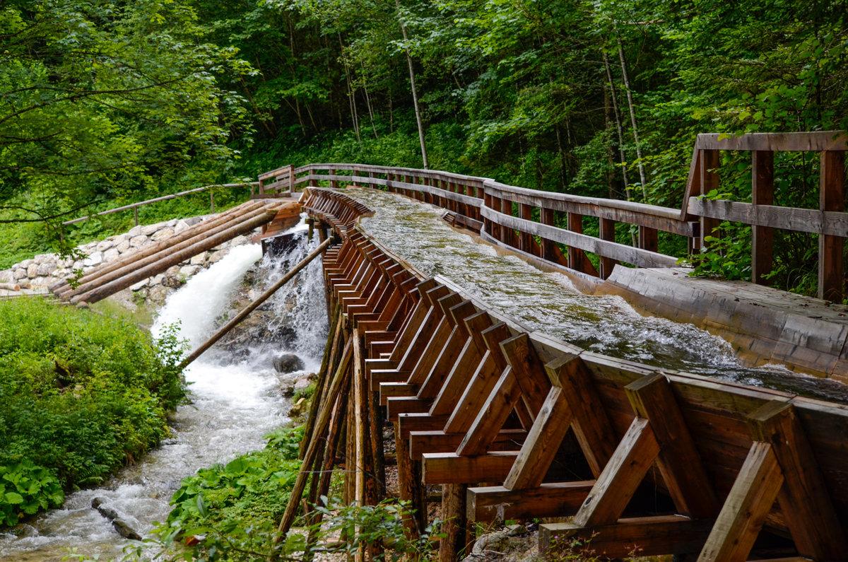 Сплав леса по горной реке. Австрия - Сергей Хомич