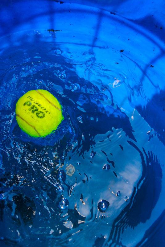 мяч в воде - Света Кондрашова