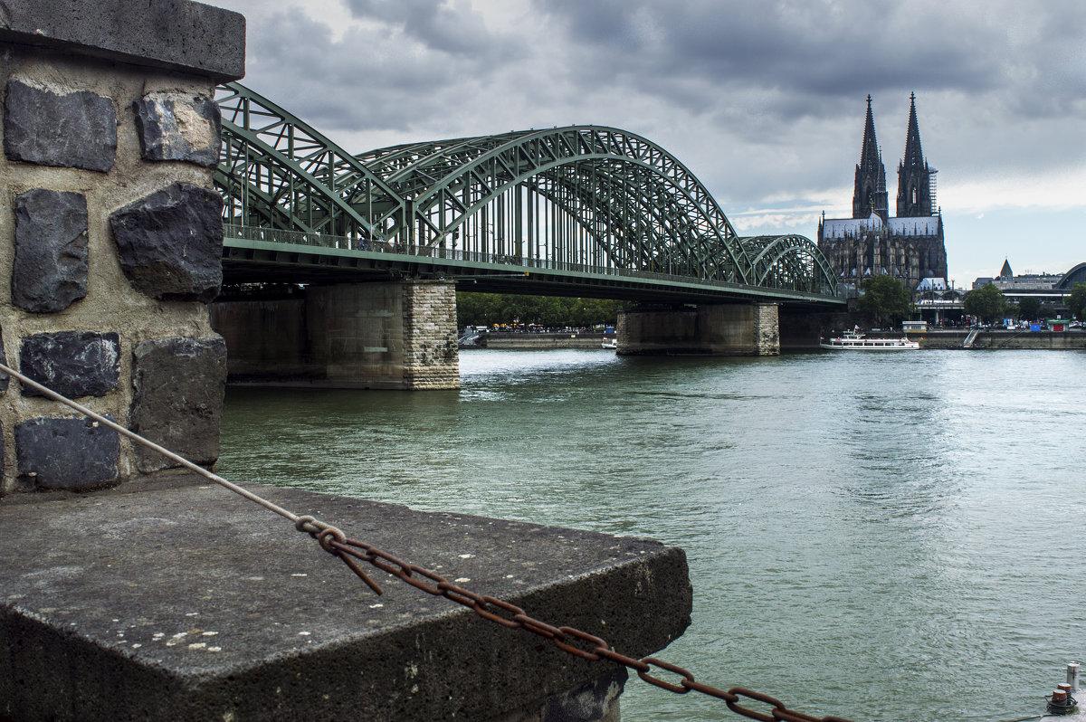 Вид на Кёльнский собор с противоположного берега Рейна - Константин Тимченко