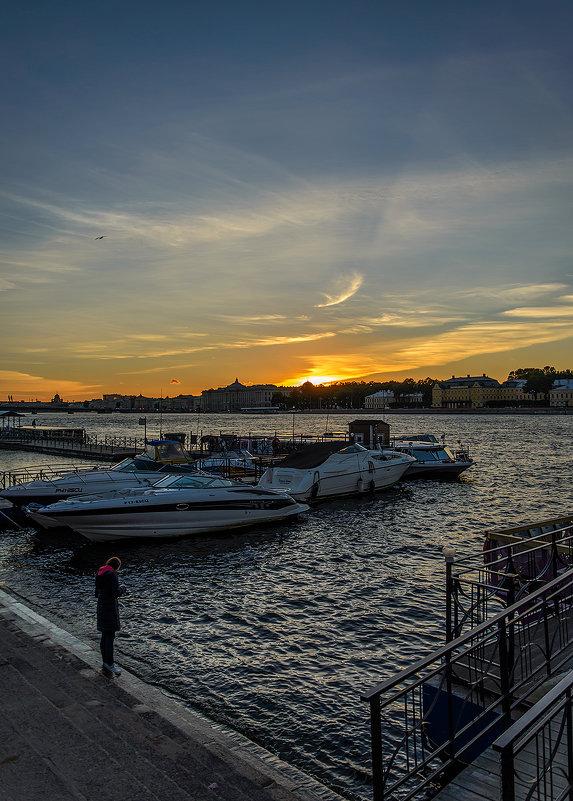 Лодки у пристани - Valerii Ivanov