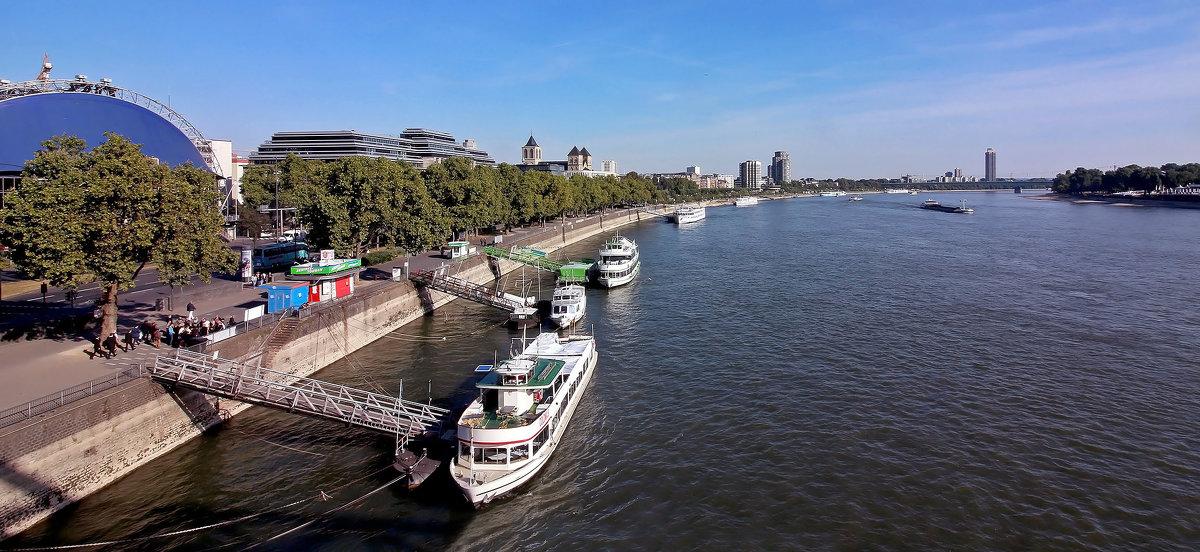 Вид с моста - Alexander