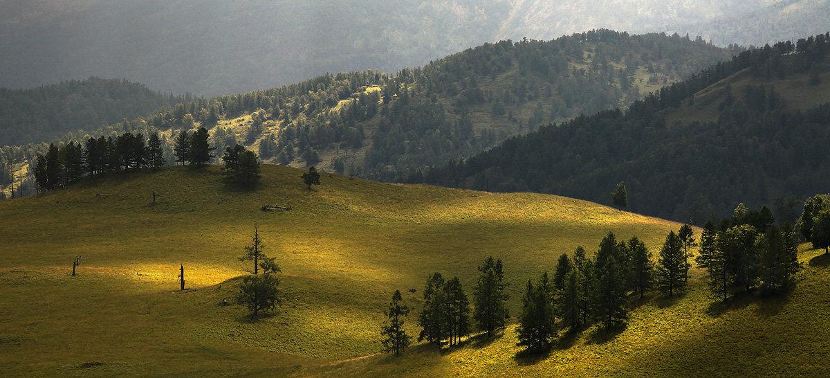 И луч дневной, горит в горах на рёбрах туч 5 - Сергей Жуков