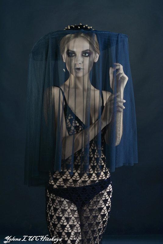Черная вдова - Yelena LUCHitskaya