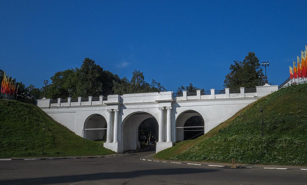 Мост на набережной Ярославля - Сергей Цветков