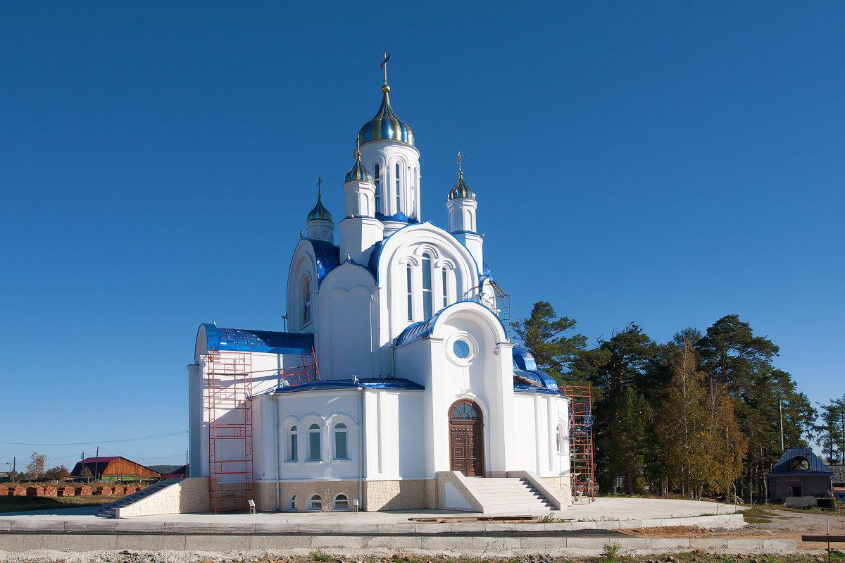 Белокаменная церковь - Анатолий Иргл