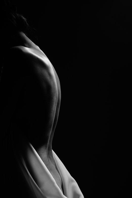 Изгибы женского тела - Кристина Мартыненко
