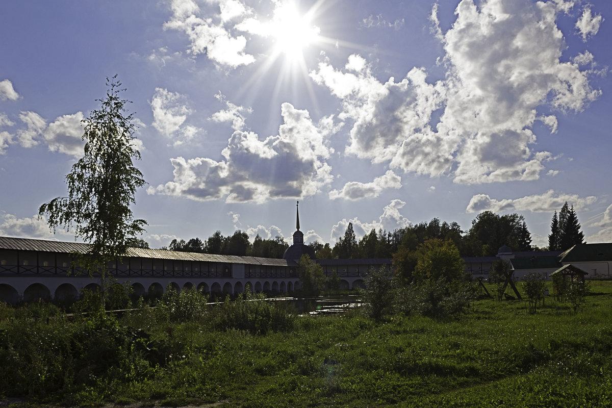 Тихвинский Богородичный Успенский мужской монастырь - Рамиль Хамзин