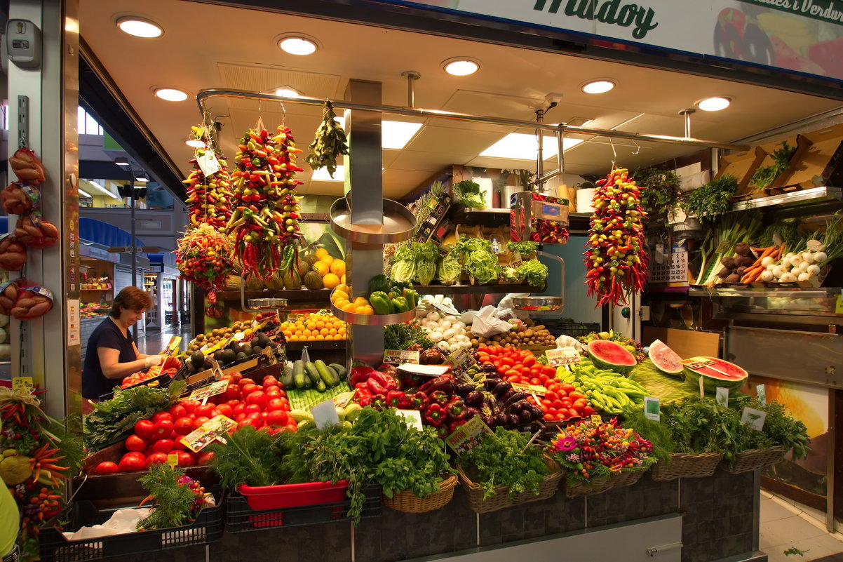 На рынке в Пальме - Юрий Кольцов