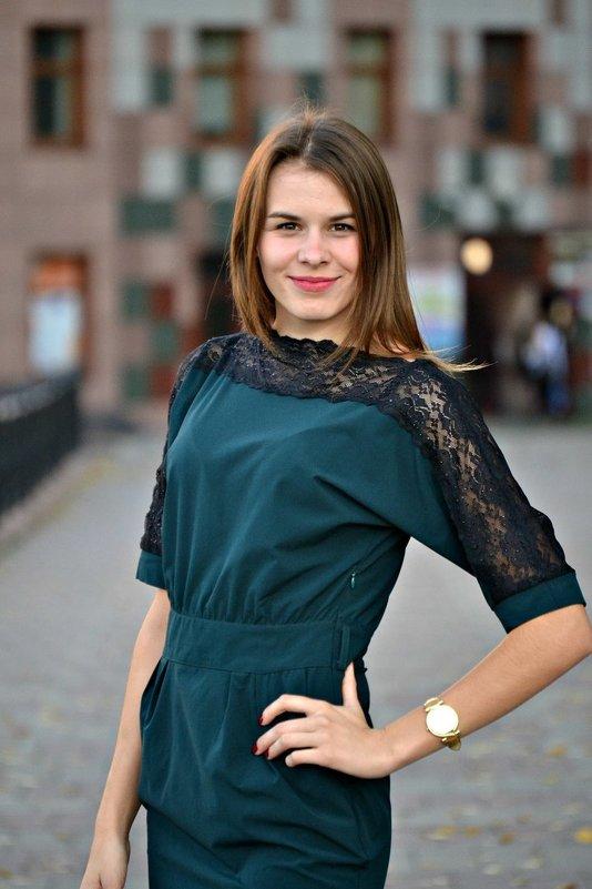 ---- - Alena Dolganova