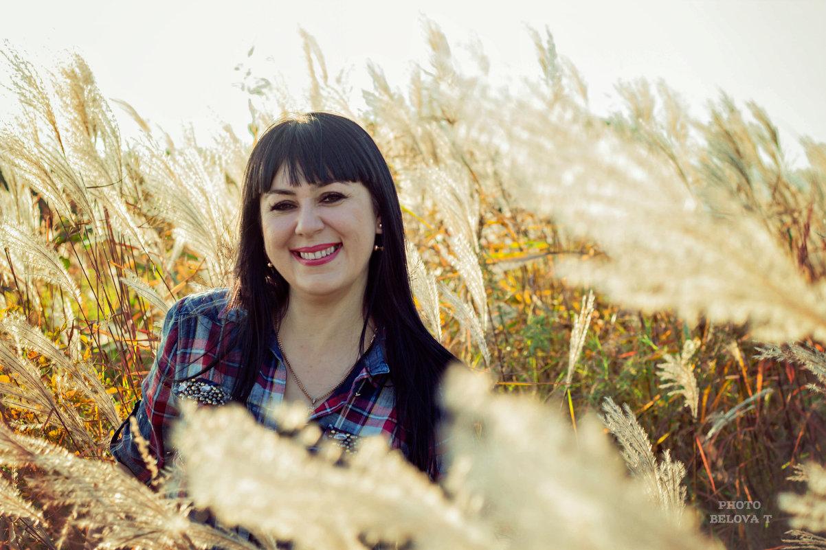 Марина. Осенний портрет - Tatyana Belova