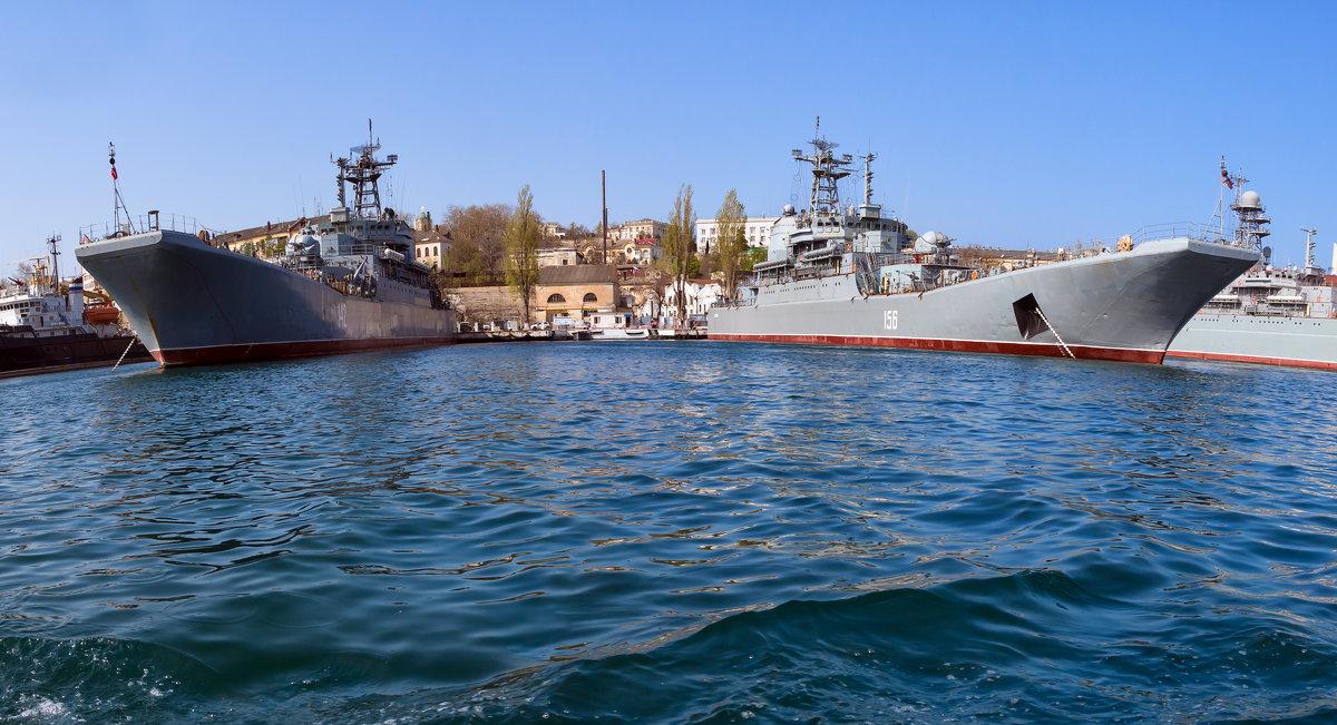 Севастополь. Бухта - Alexsei Melnikov