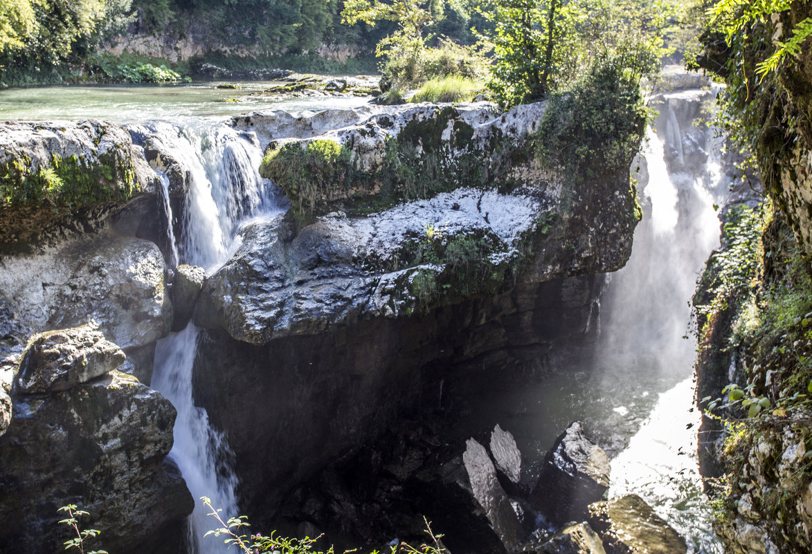 водопады Мартвили - Лариса Батурова