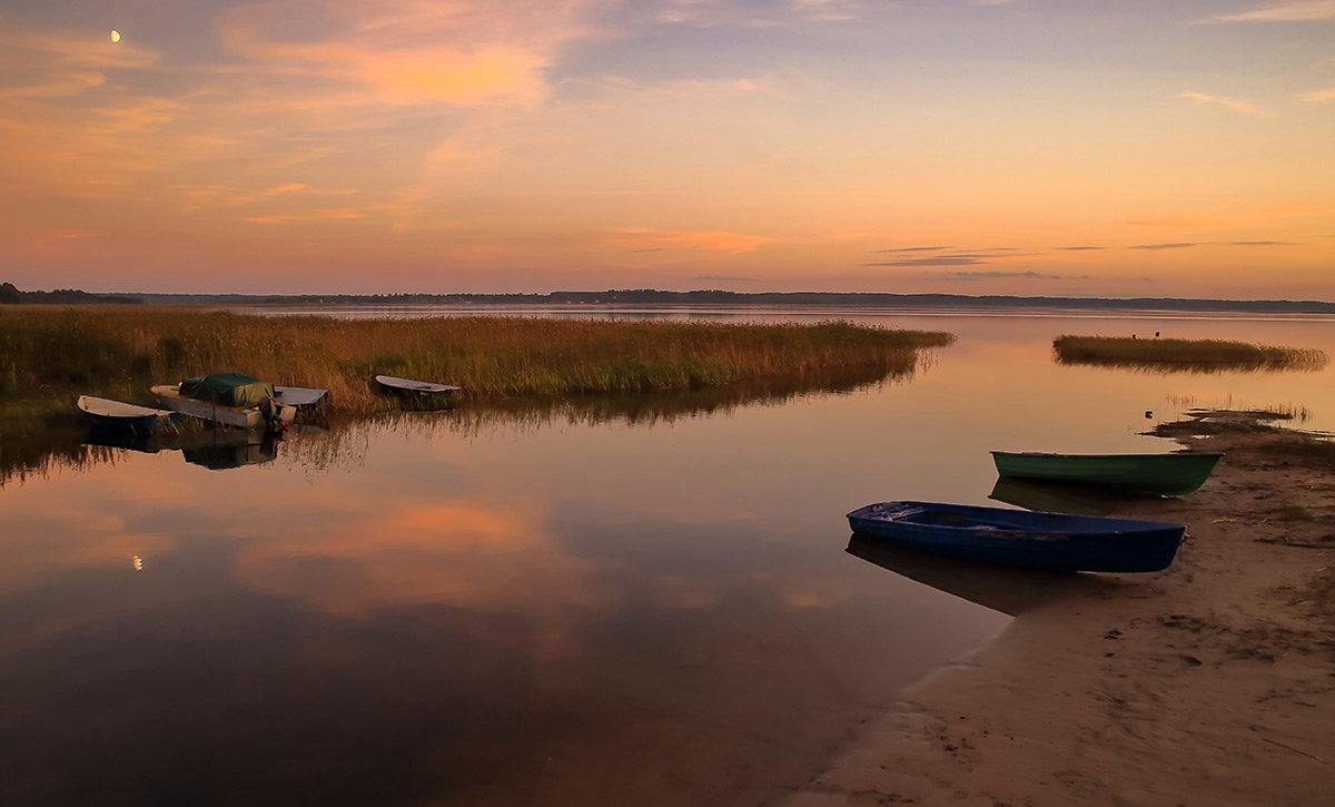 Вечерний пейзаж на озере - Глеб Баринов