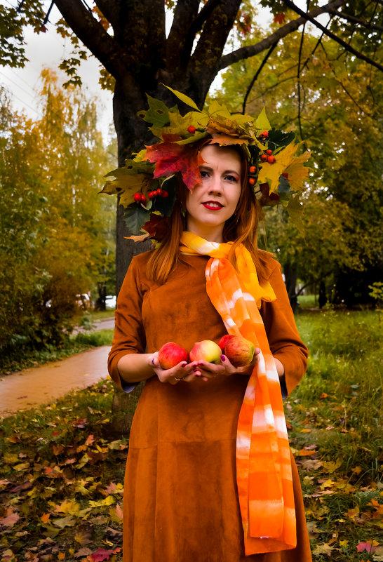 Девушка-осень - Дмитрий Коноплев