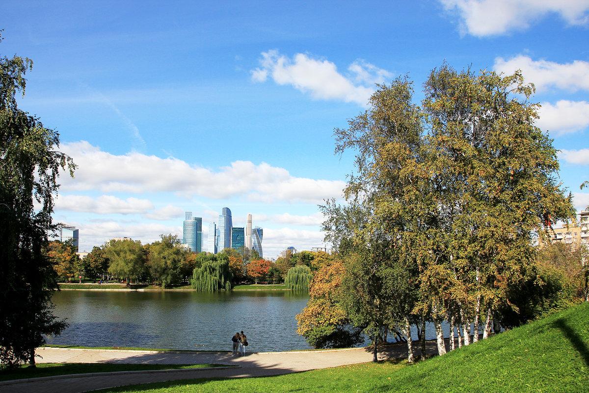 Парк «Новодевичьи пруды» - Иван