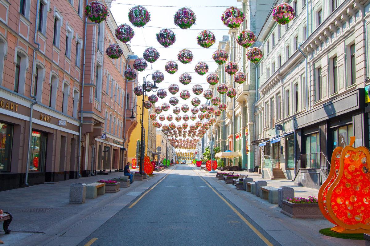 Московское лето - Максим Болотов