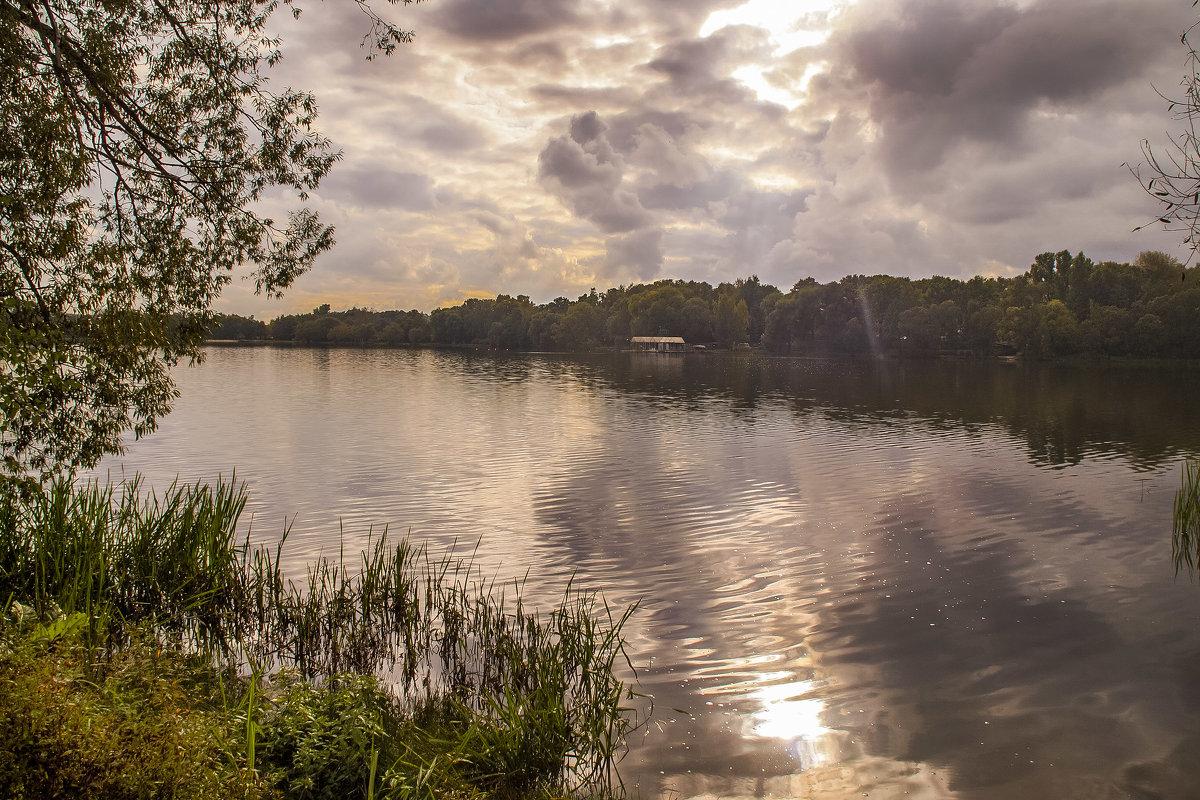 На озере - Наталья Лакомова