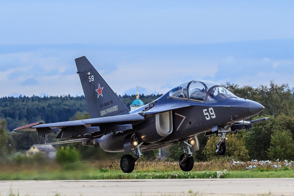 Як-130 - Владислав Перминов