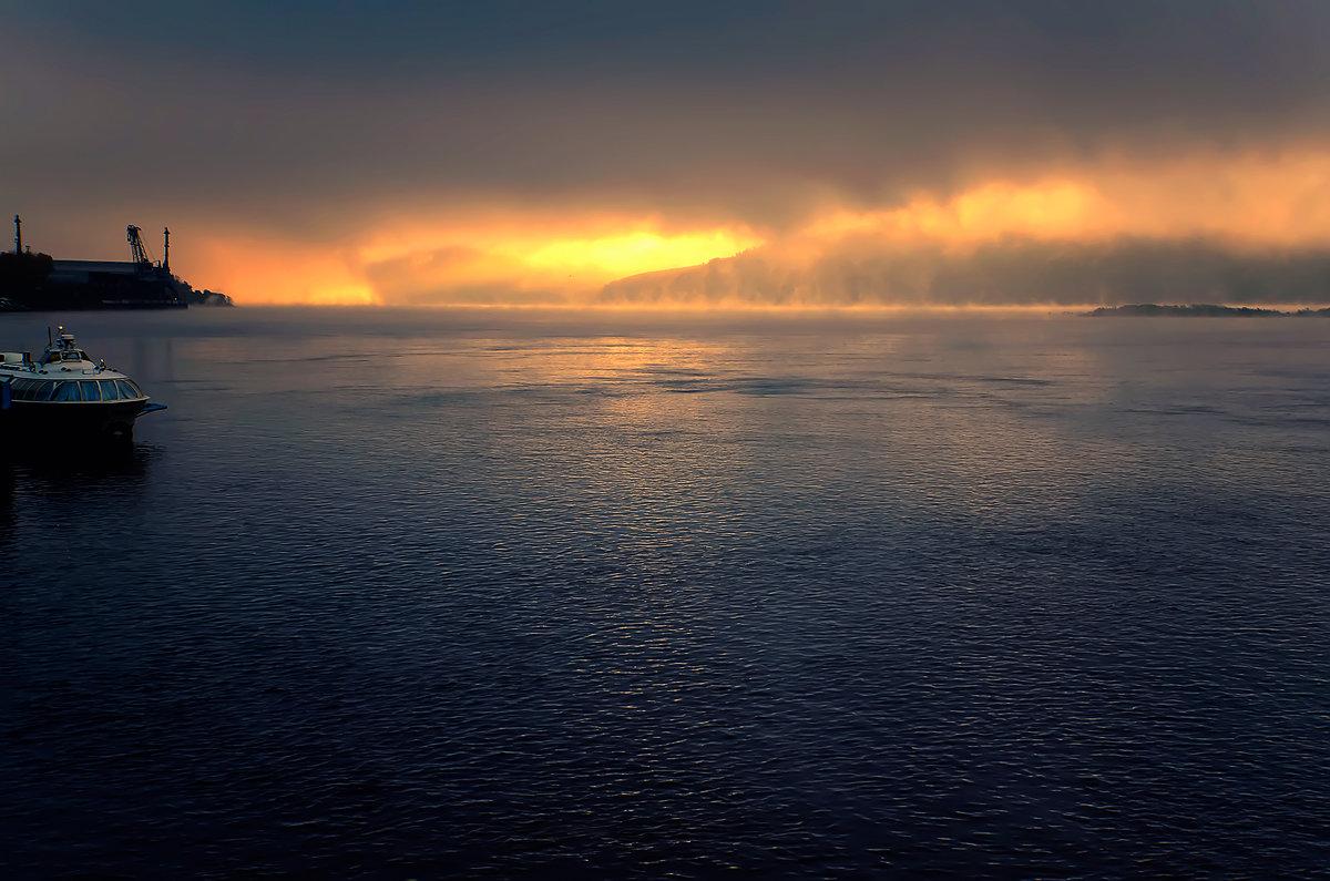 Метеор, Амур, туман, восход солнца. - Виктор Иванович