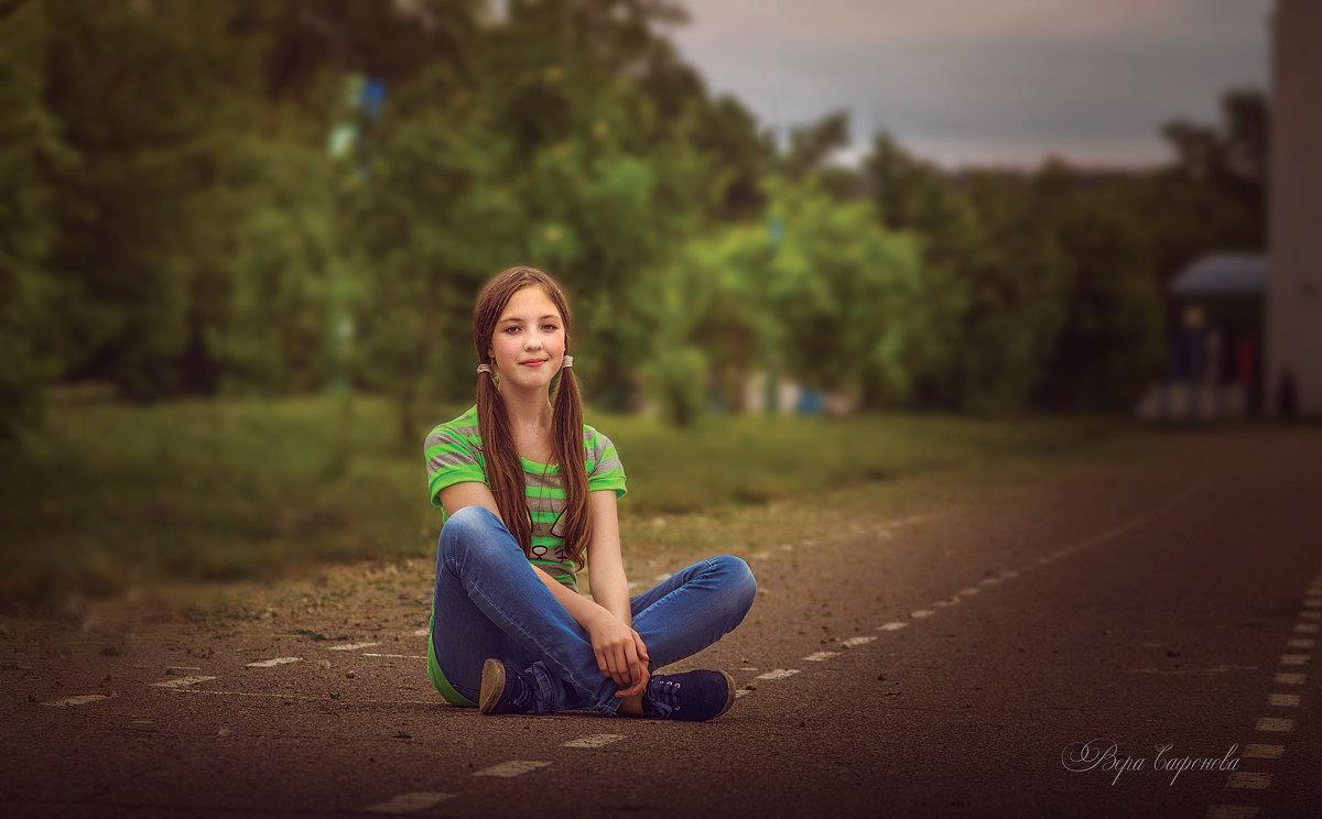 На стадионе - Вера Сафонова