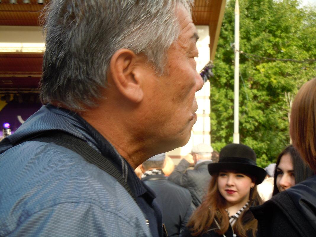 старый мужчина, молодая девушка - Ольга Заметалова