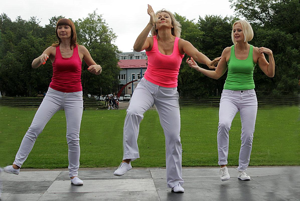 ... танцуют все ...!!! - Дмитрий Иншин