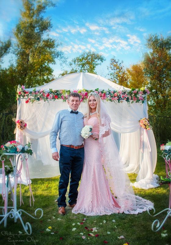 Свадебная открыточка (Невеста с папой) - Ольга Егорова