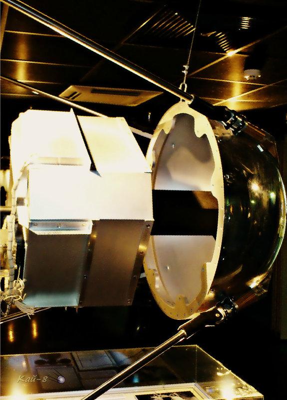 Первый искусственный спутник Земли изнутри - Кай-8 (Ярослав) Забелин