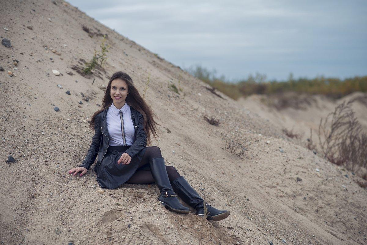 В песках - Женя Рыжов