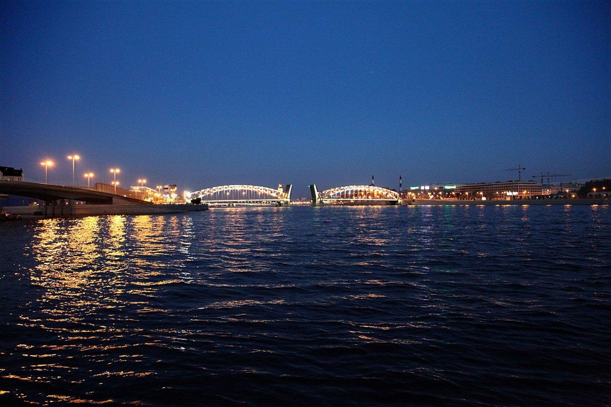 Мост Петра Великого. Белые ночи - Наталья