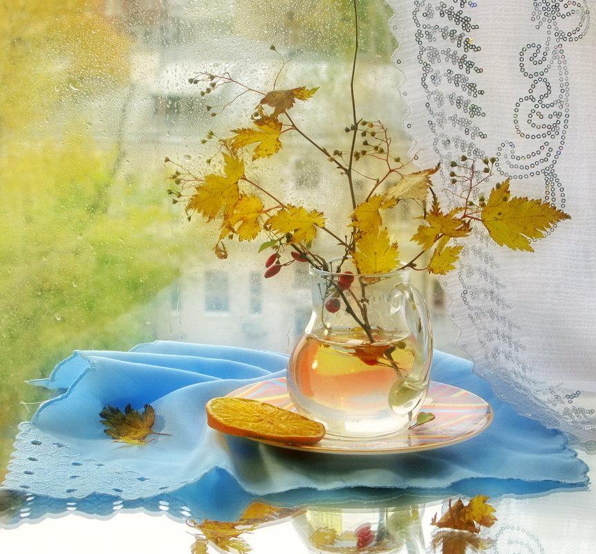 Плачет   осень светлыми каплями дождя... - Aioneza (Алена) Московская