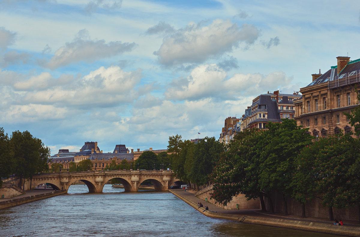 Париж - Val Савин