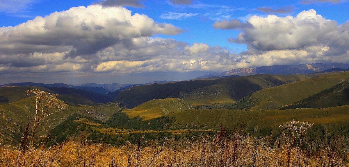 Осенний день в горах Приэльбрусья - Vladimir 070549
