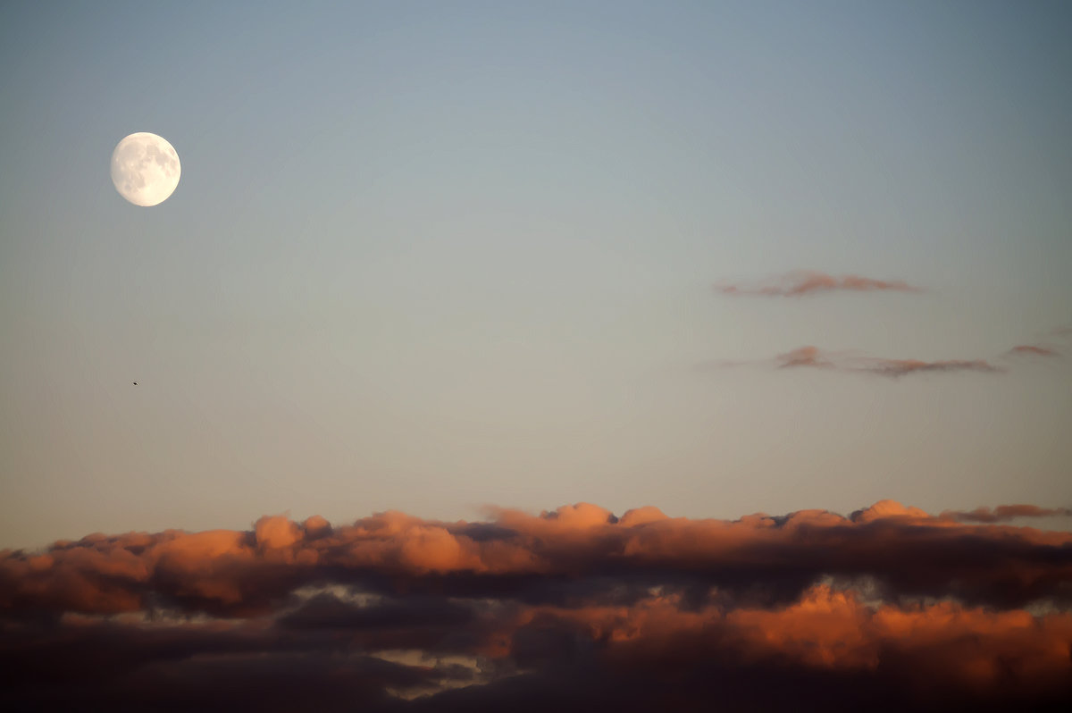 384 тыщи над Землей - Валерьян Бек (Хуснутдинов)