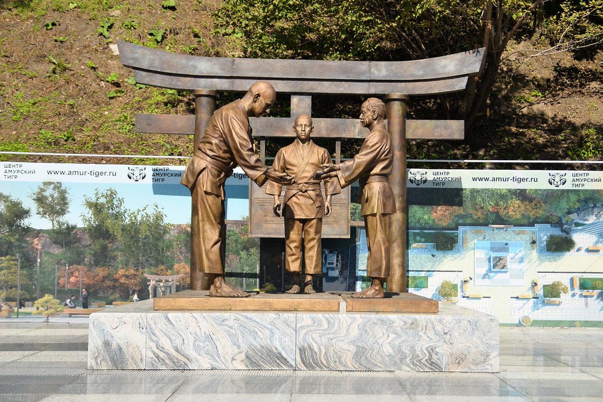 Мемориальный комплекс основателю российского дзюдо Василию Ощепкову - Александр Морозов