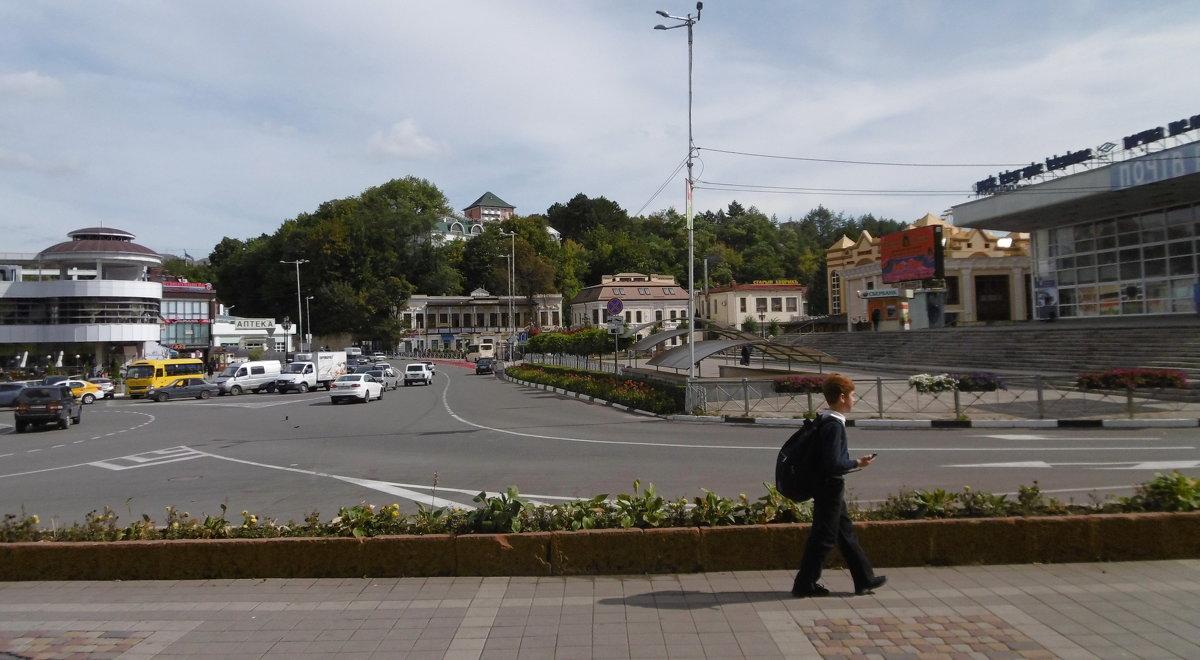 Кисловодск. Из школы домой - татьяна