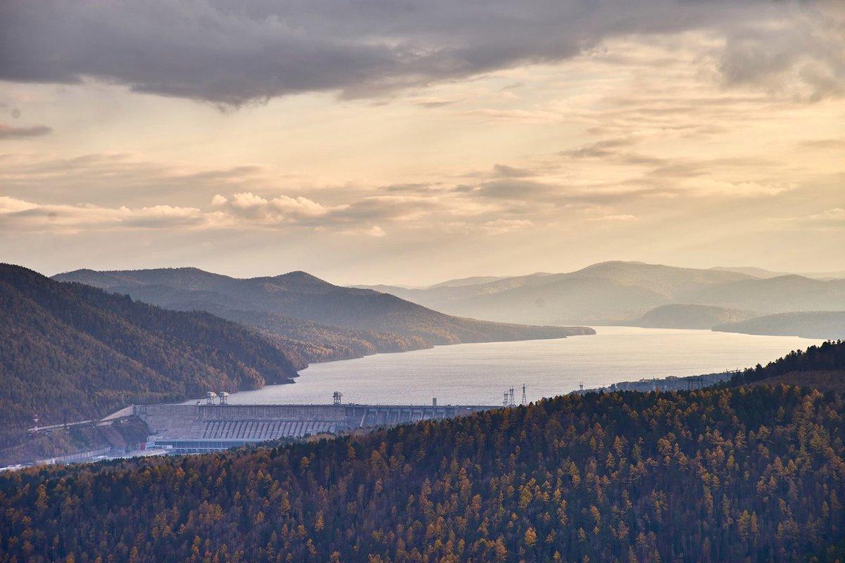 Красноярская ГЭС - Артур Миханев