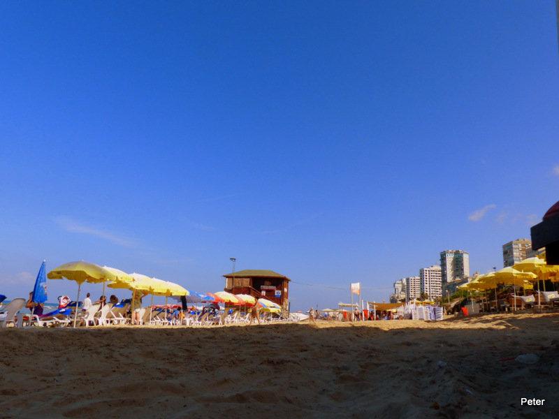 утро на пляже - Пётр Беркун