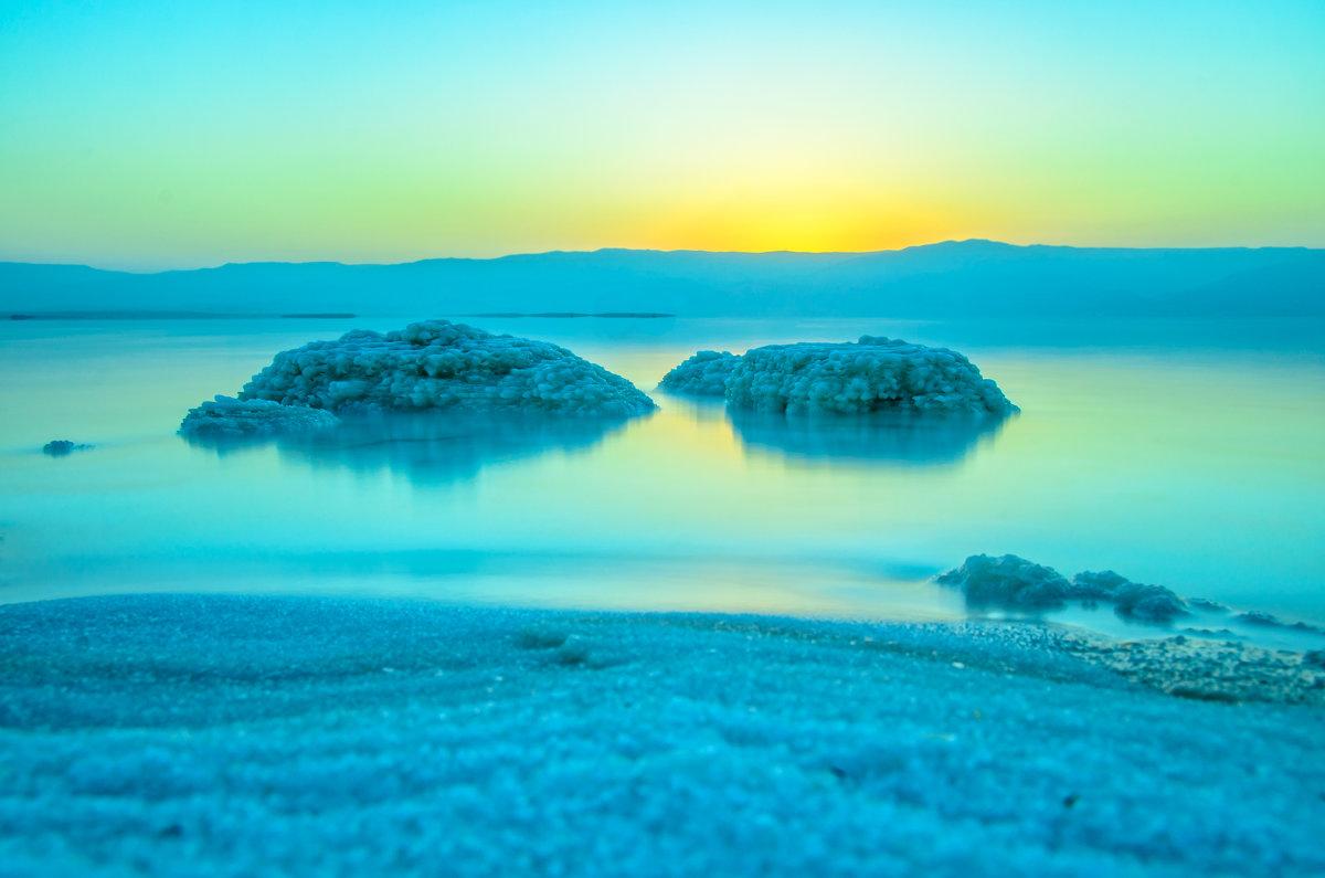 В ожидании солнца - Cтанислав Сас