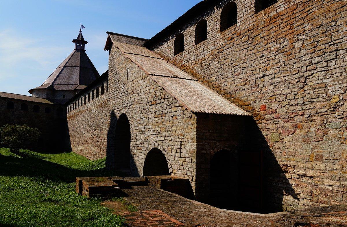 Древние стены - Ирина Шурлапова