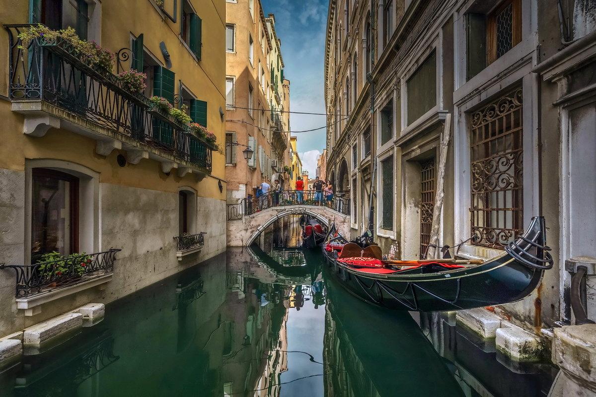 На улицах Венеции... - GaL-Lina .
