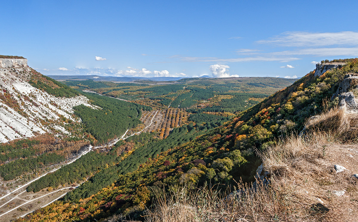 Долина в начале осени - Юрий Яловенко