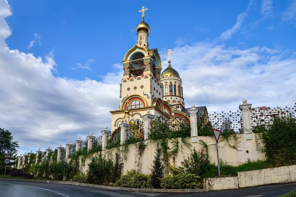 Храм Святого Князя Владимира на Виноградной горе, Сочи - Юрий Бичеров