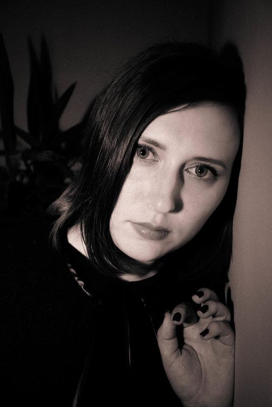 Вика - Елена Кирилова